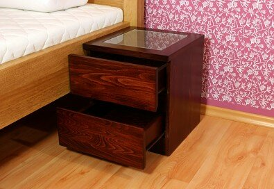 Obrázek produktu: files/nocni-stolek-venezia-11.jpg