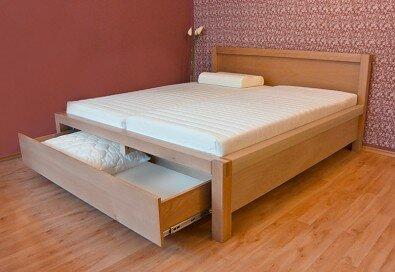 Manželské postele s úložným prostorem