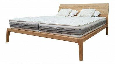 Designová postel z masivu GIULIA dvoulůžko Materiál: Masiv Dub, Odstín: Olej OSMO Transparent #03