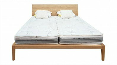 Designová postel z masivu GIULIA dvoulůžko Materiál: Masiv Dub, Odstín: Olej OSMO Transparent #04